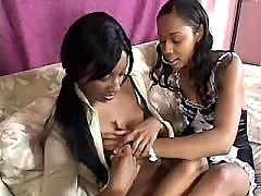 Black lesb girls lick each other in orgy
