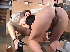 Old lesbo whore licks fresh pussy of innocent babe